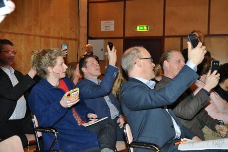 Publiken söker rättvis täckning.