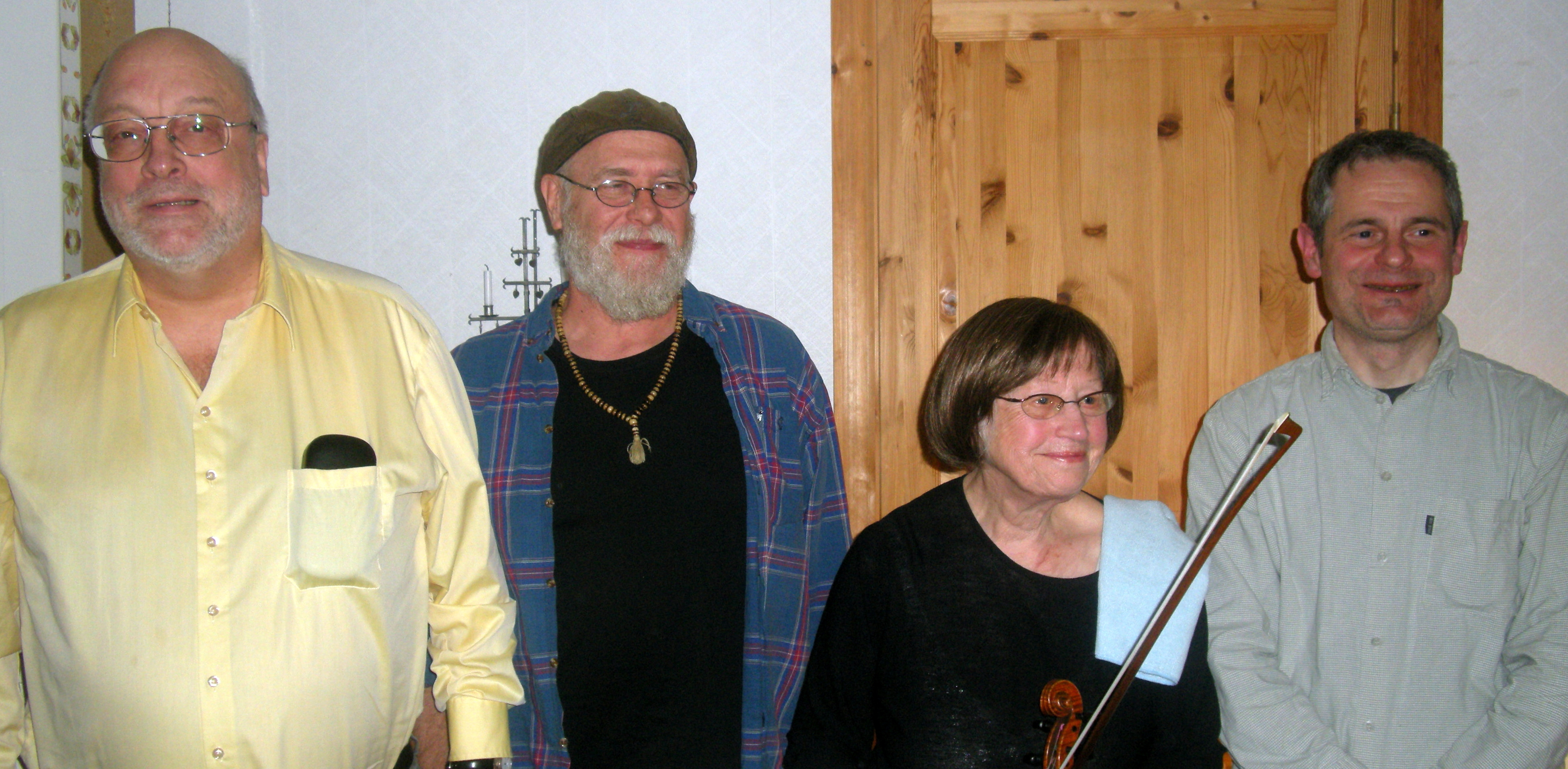 Foto: Åke Bengtzon. Fr v: Torbjörn Edlund, Hans Bergman, Inga Överström samt Robert Sadura.