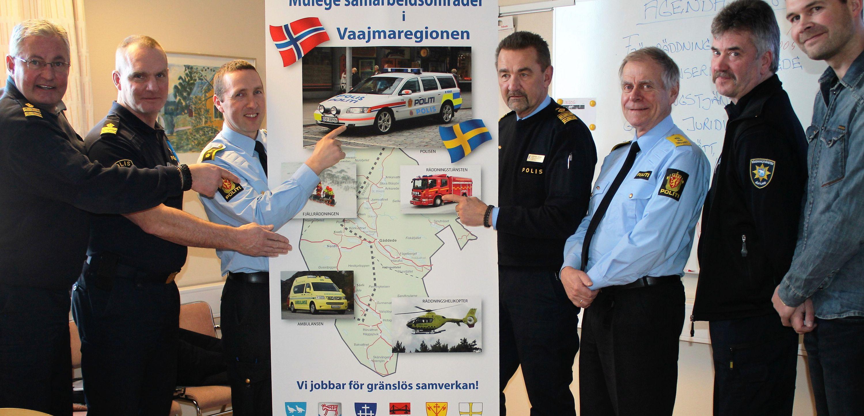 En svensk - norsk delegation diskuterar gränsöverskridande samarbete.