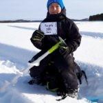 Pontus Strandh från Strömsund vann första pris i barnklassen och fick ta emot 500 kr. Foto:privat.
