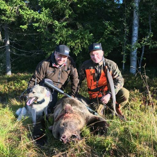 Fredrik Ottosson och hans adepter Lukas Strömberg. Privat bild.